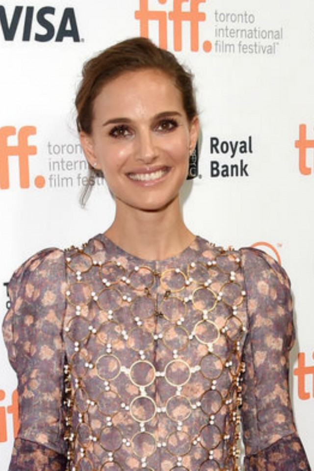 natalie portman tiff red carpet makeup