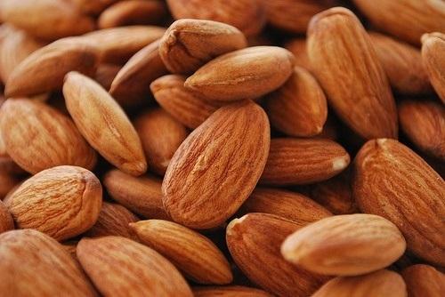 super foods - almonds
